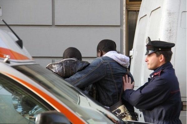 Italie : Un Sénégalais tente d'égorger son ami et assume