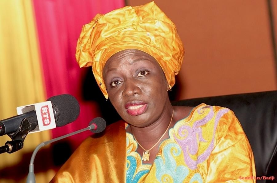 Mimi tance Bamba Dièye, prévient Hadjibou et raille Abdoul Mbaye