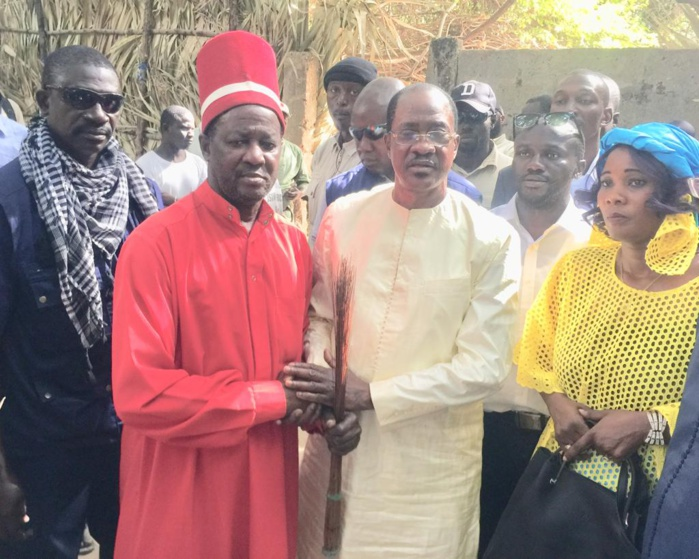 Me Madické Niang a rencontré Sibiloumbaye Diédhiou, le roi d'Oussouye
