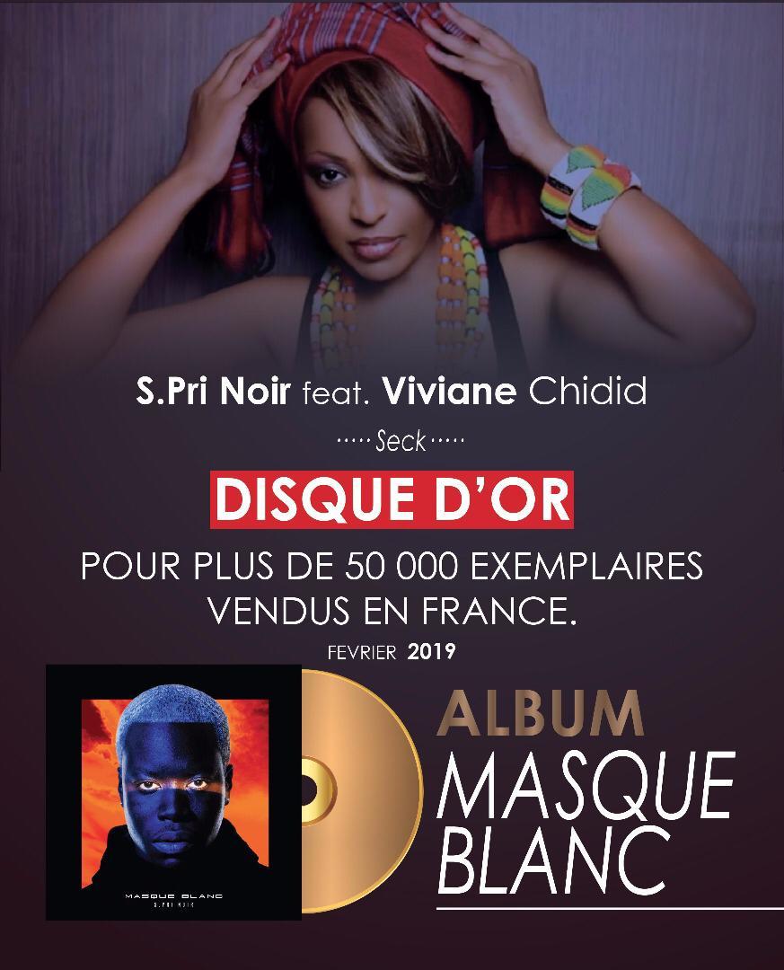 Album « Masque Blanc » : Viviane décroche un disque d'or !