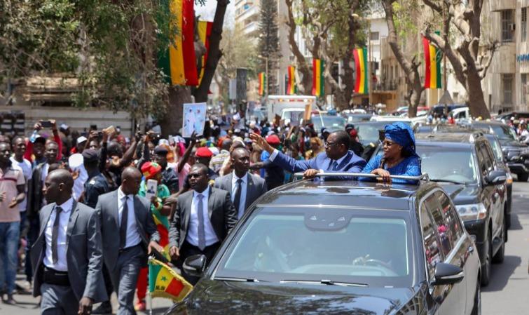 Ambiance en centre-ville : Macky fait faux bond à ses militants