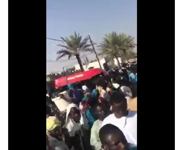CHEIKH BÉTHIO À TOUBA- L'ambulance transportant la dépouille mortelle est dans la cité... Le Cheikh a effectué sa dernière visite chez Serigne Saliou
