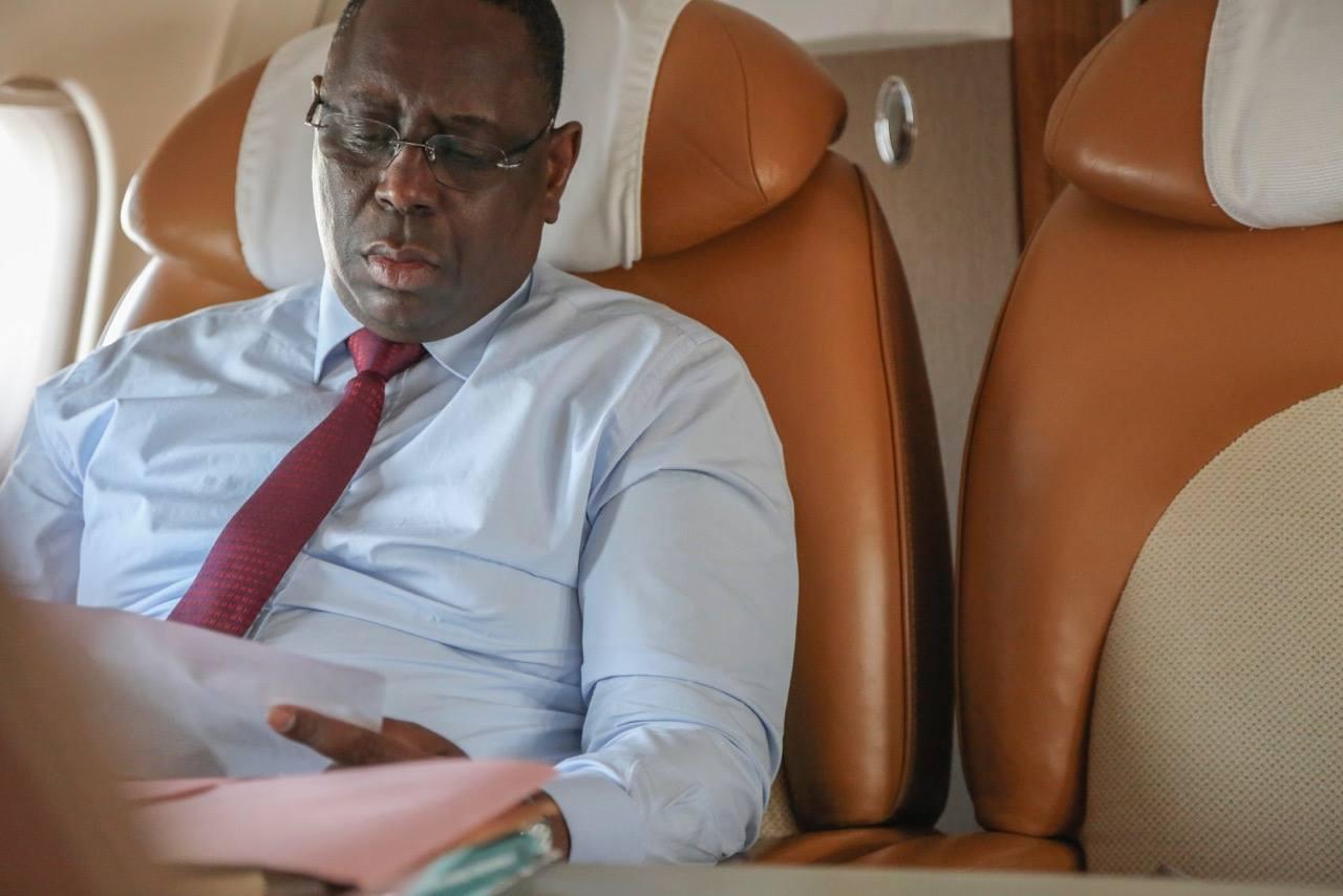 Aéroport de Diass : Macky Sall, l'agent de sécurité et... la lettre