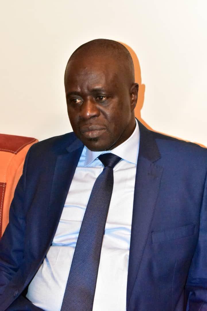 Le Général Mame Thierno Dieng débarque avec le psy de l'hôpital Principal pour suivre les rescapés de l'île Sarpant et leurs familles
