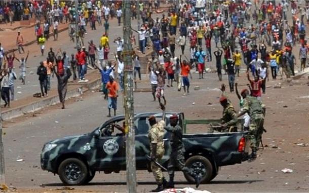Guinée : au moins un mort dans une nouvelle manifestation de masse de l'opposition