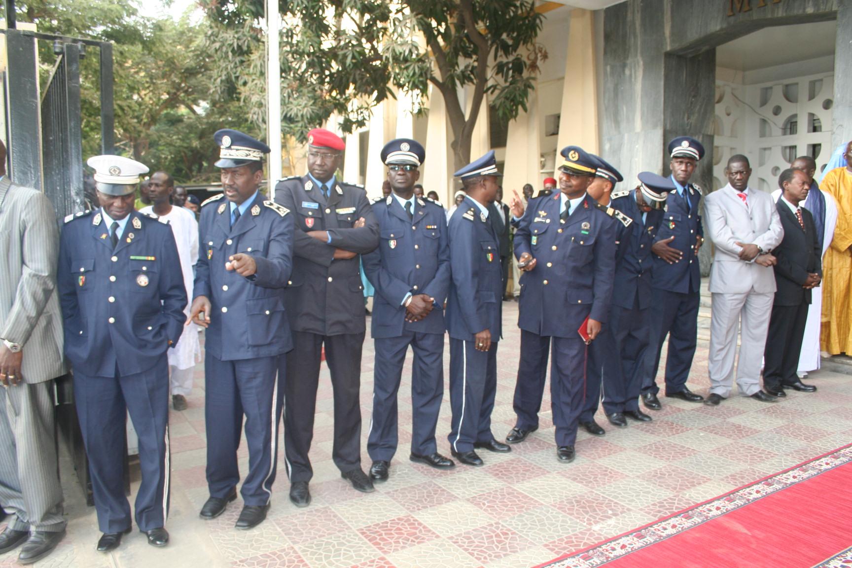 Les vraies raisons du limogeage du commissaire central de Dakar, Mamadou Ndour         (EXCLUSIVITÉ DAKARPOSTE)
