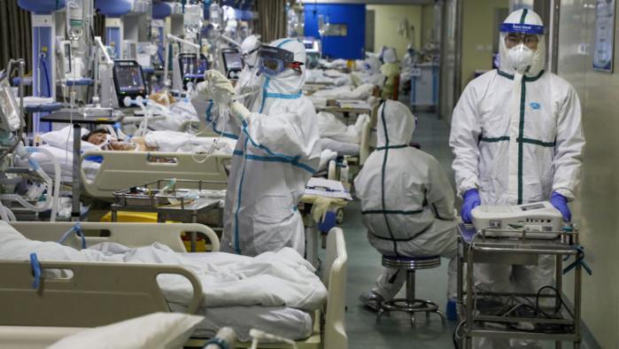 Coronavirus, les cas vont augmenter. Plus de 200 morts et près de 10 000 personnes infectées. L'avis du généticien Giuseppe Novelli de Tor Vergata