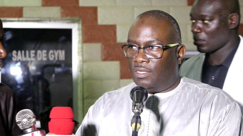 L'entrepreneur , responsable politique de l'APR, Babacar Fall, a perdu sa maman