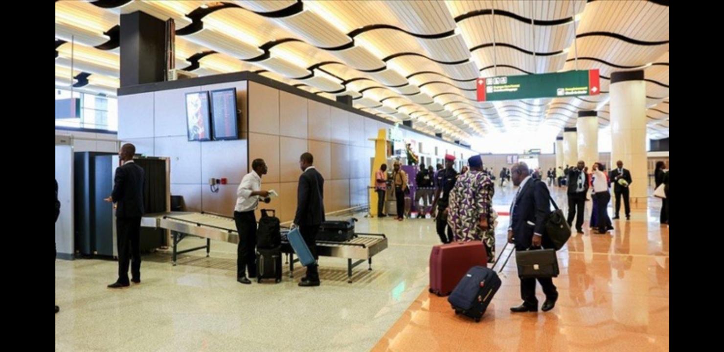 AIBD - Indignation de passagers sénégalais après des contrôles à l'embarquement faits par des policiers français et espagnols : la souveraineté sénégalaise à rude épreuve !