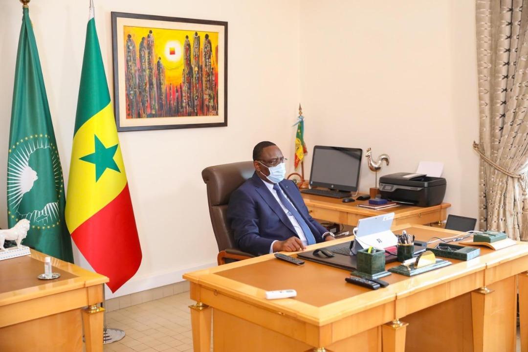 Remaniement imminent- Le Président Macky Sall se cloître depuis ce matin dans son bureau pour mettre la dernière main... La pression monte...