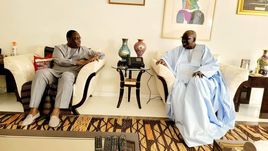 Macky rencontre les frustrés et les opposants à tout va -  Après  Kalifa Sall et Cissé Lo à qui le tour ? Moustapha Diakhaté ?