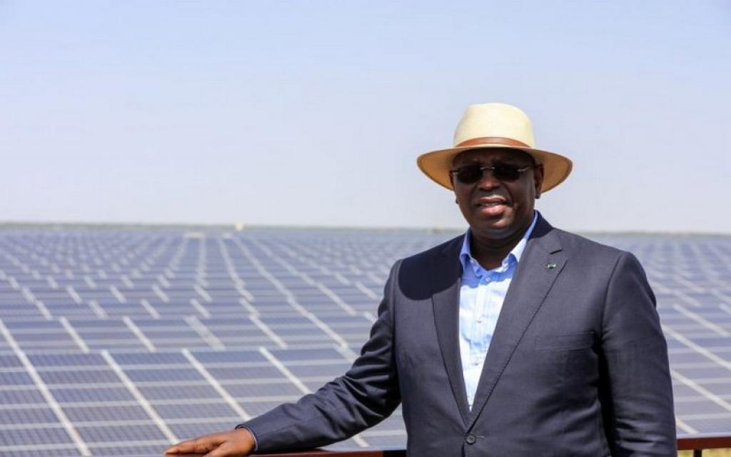 Lancement en 2021 d'un nouveau programme de 100 000 lampadaires solaires