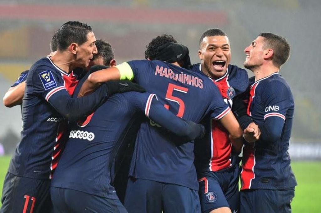 Le PSG remporte logiquement le Trophée des Champions