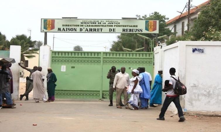 Les bracelets électroniques sont déjà à Dakar : Bientôt la fin des «Paketasse» (Directeur de l'Administration pénitentiaire)