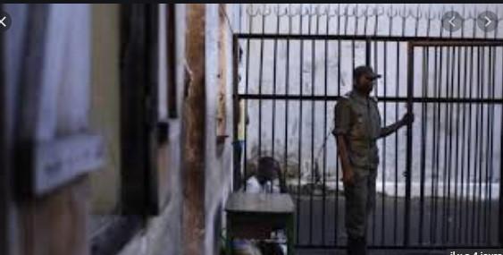 Insolite : Arrêtée à Diourbel pour vol perpétré à Dakar, Astou Diop s'évade , avant d'être rattrapée
