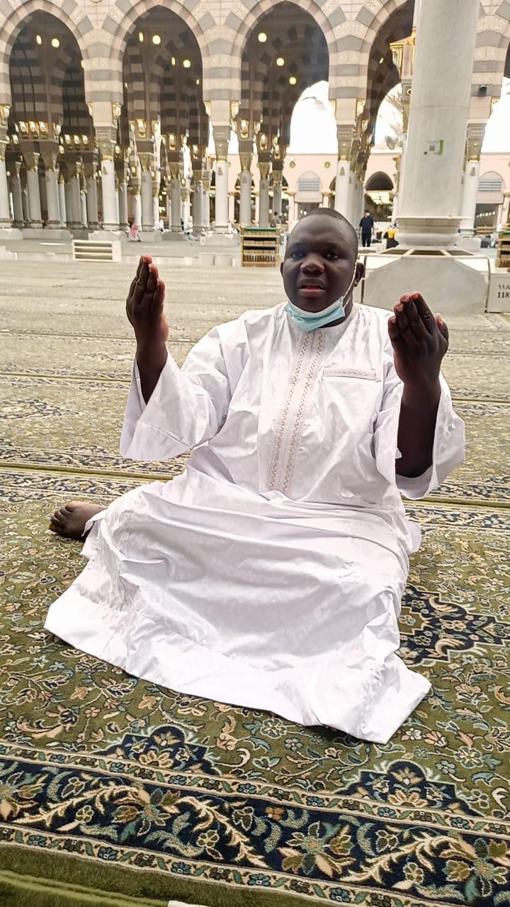 Arrêt sur image! Le responsable de l'APR à Bambey, Elhaj Dia, à la Mecque