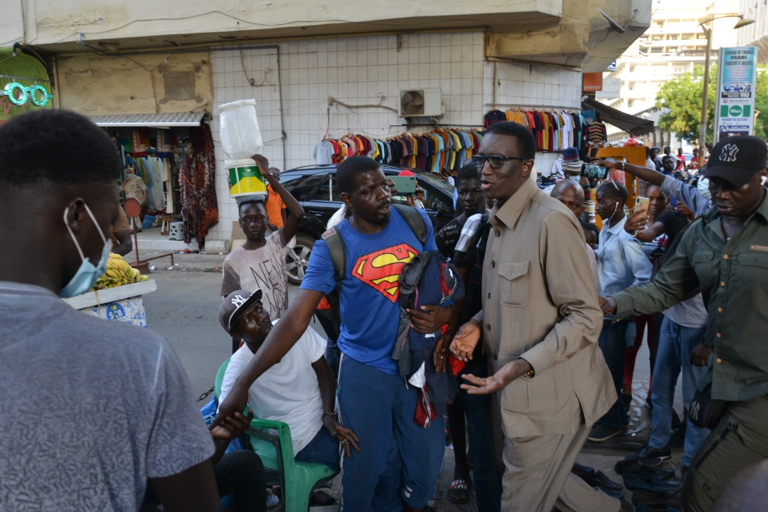 Amadou Ba plus populaire que jamais à Dakar – Ses visites de proximité en donnent la preuve irréfutable