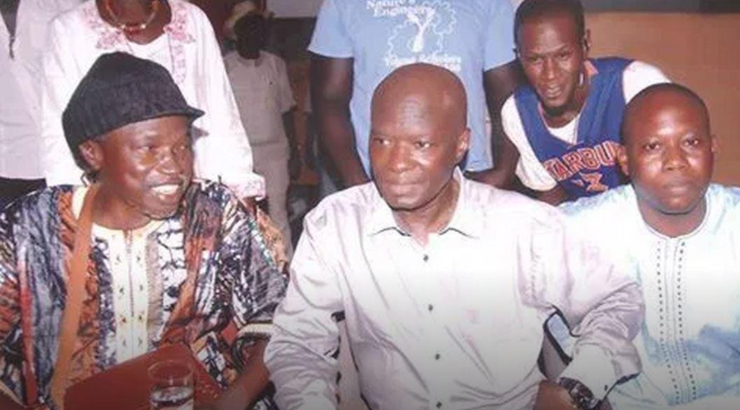 L'image du chanteur Moussa Ngom, hier au Just 4 U avec Omar Pene