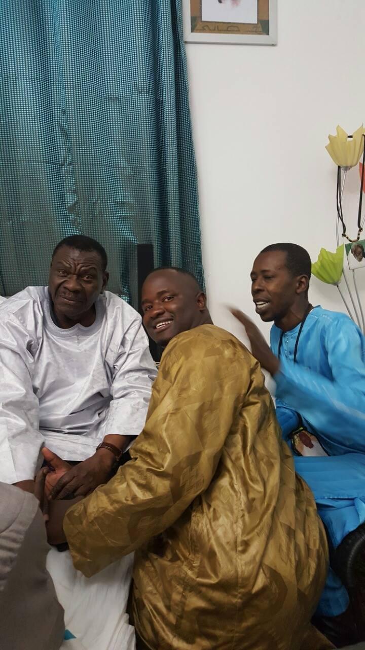 Cheikh Amar apparemment fier de présenter son ami et frère Cheikh Gadiaga au Cheikh