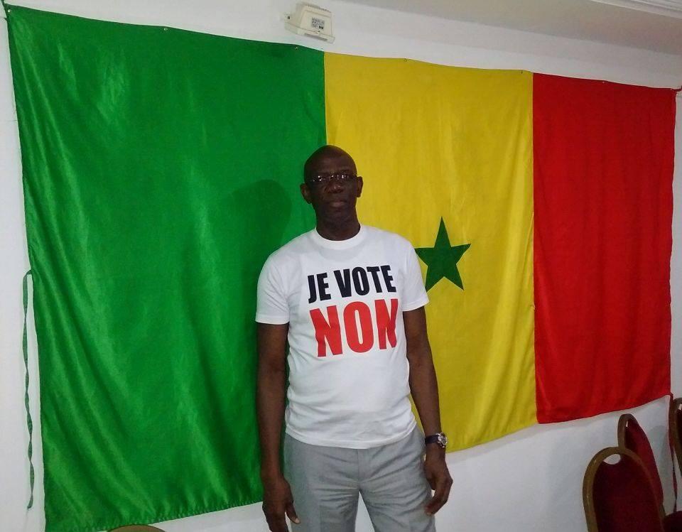 """Arrêt sur image! L'un des farouches opposants au """"Macky"""", Me Mame Adama Guèye arbore le """"Non"""" pour le référendum du 20 mars prochain"""