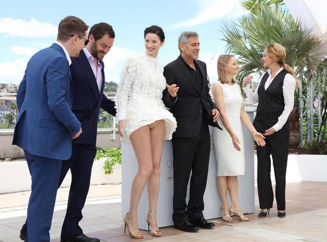 Les premières victimes du vent de Cannes: Amal Clooney et Caitriona Balfe,