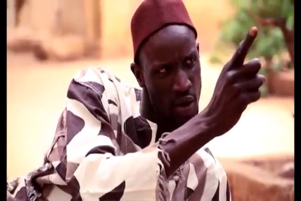"""Cheikhou Guèye alias """"Saneekh"""": """"Dieu sait que nous n'avons  pas été interdits par Youssou Ndour de nous rendre au concert de Waly Seck (...) Que les gens arrêtent d'interpréter (...)  Ce que Ndiaga Ndour m'a dit sur Waly (...)"""""""