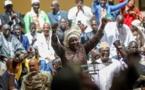 Portée en triomphe, Aminata Touré jubile