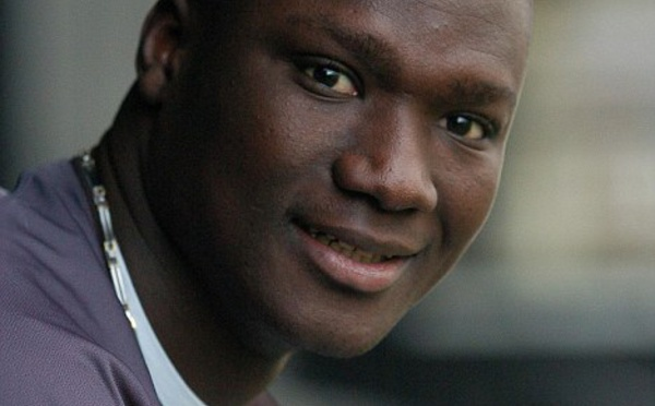 Après sa retraite, Pape Bouba Diop est devenu…