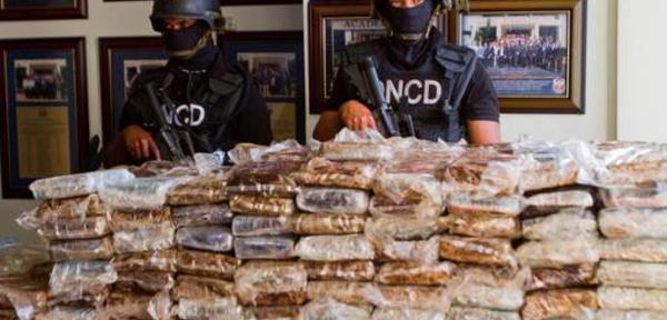 """""""Air Cocaïne"""": jusqu'à 18 ans de prison pour les accusés, six ans pour les pilotes"""