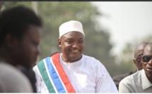 Urgence: Adama Barrow parle sur Twitter