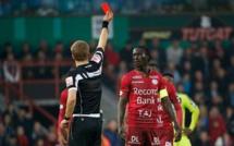 """""""Les joueurs africains ont deux fois plus de chances de recevoir une carte"""""""