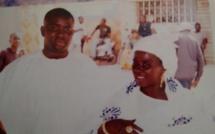 Arrêt sur image! Le célèbre Lahat Ndiaye, exilé à Paris, posant ici avec sa maman