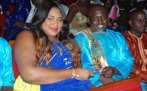 Aziz Ndiaye amoureux et toujours très complice avec son épouse Miss Ndiaye