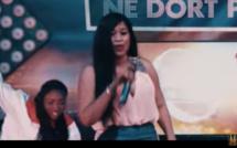 ( Video Clip ) Aida Samb - DËG NA: (version non officielle)