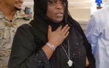 Après son Oumra, la  Première Dame est de retour au bercail