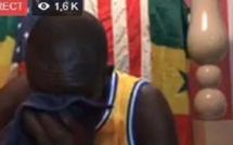 Insolite : Assane Diouf fond en larmes en direct et recommence à…
