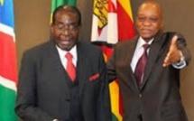 """Jacob Zuma : """"Mugabe va bien mais se trouve en résidence surveillée"""""""