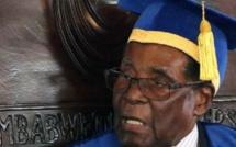 Première apparition publique de Mugabe depuis le coup de force de l'armée