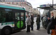 Homme poignardé dans un bus à Paris : l'agresseur présumé arrêté