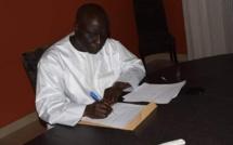 Le candidat perdant à la Présidentielle Idrissa Seck consolé par...