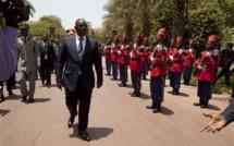 De retour à Dakar : Macky Sall se penche sur le nouveau gouvernement