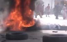 Thiès : Les Jakartamen brûlent des pneus sur les routes pour montrer leur colère.