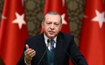 """Recep Tayyip Erdogan accuse l'Occident de """"s'être rangé aux côtés des terroristes"""""""