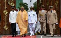 """Le Roi Mohamed VI  renforce l'arsenal militaire du Maroc avec 36 hélicoptères de combat """"APACHE"""""""