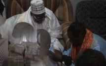 AADIYA À TOUBA / Darou Salam donne 191 millions au Khalife Général des Mourides.
