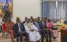 COMMUNIQUE CONJOINT A L'ISSUE DE LA VISITE D'AMITIE ET DE TRAVAIL, EN REPUBLIQUE ISLAMIQUE DE MAURITANIE, DU Pr MACKY SALL À Nouakchott