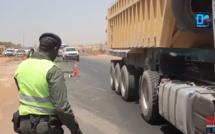 """Interdiction de la circulation inter-urbaine : """"Nous allons immobiliser tous les véhicules qui tenterons d'entrer dans Dakar, jusqu'à..."""" (Gendarmerie)"""