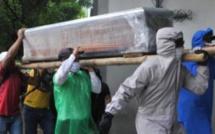 LES POPULATIONS S'OPPOSENT À L'ENTERREMENT D'UNE VICTIME DU CORONAVIRUS