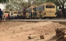 Urgent - Réouverture des classes: Banjul autorise finalement le passage des bus de DDD retenus à la frontière