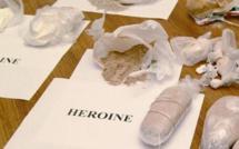 GUEULE TAPÉE : UN FAUX DENTISTE REVENDAIT DE LA DROGUE DANS SON CABINET